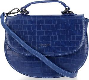 Niebieska torebka David Jones z tłoczeniem