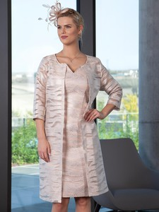 Różowy płaszcz Lizabella z tkaniny