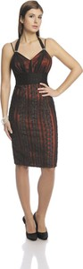 Czerwona sukienka Fokus w stylu glamour