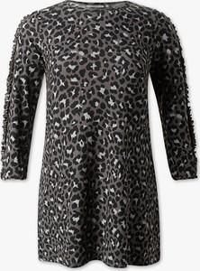Czarna sukienka CLOCKHOUSE w stylu casual dla puszystych mini