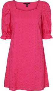 Sukienka Vero Moda z krótkim rękawem z okrągłym dekoltem w stylu casual