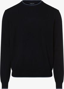 Niebieski sweter Andrew James w stylu casual z dzianiny