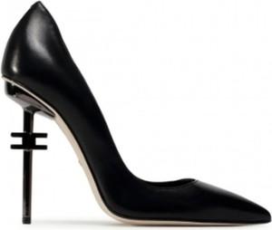 Czarne szpilki Elisabetta Franchi ze spiczastym noskiem na wysokim obcasie ze skóry