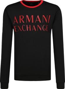Czarna bluza Armani Exchange w młodzieżowym stylu
