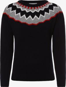 Granatowy sweter Marie Lund w stylu casual w stylu skandynawskim