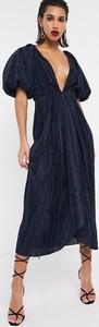 Granatowa sukienka Asos Edition z krótkim rękawem
