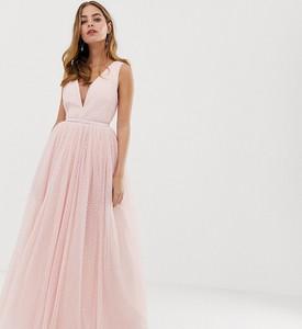 Różowa sukienka Dolly & Delicious Petite z dekoltem w kształcie litery v maxi na ramiączkach