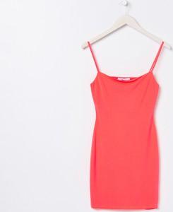 Różowa sukienka Sinsay dopasowana mini
