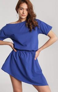 Niebieska sukienka Renee mini z długim rękawem