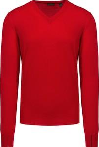 Czerwony sweter Chervo