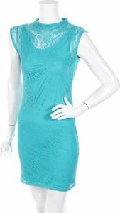 Niebieska sukienka Saachi