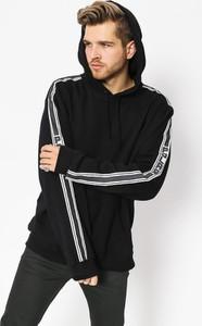 Czarna bluza Polar Skate w młodzieżowym stylu