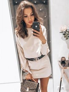 Sukienka magmac.pl z okrągłym dekoltem mini w stylu casual