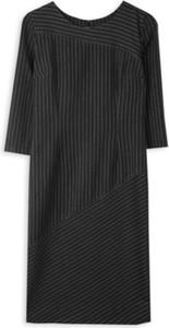 Czarna sukienka ECHO z okrągłym dekoltem mini