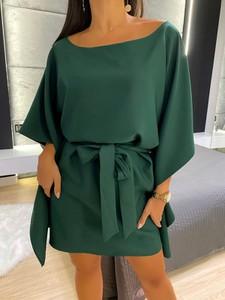 Zielona sukienka ModnaKiecka.pl z długim rękawem