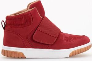 Czerwone buty dziecięce Reserved, kolekcja jesień 2019