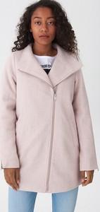 Różowy płaszcz House w stylu casual