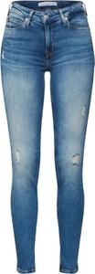 Niebieskie jeansy Calvin Klein z tkaniny w street stylu