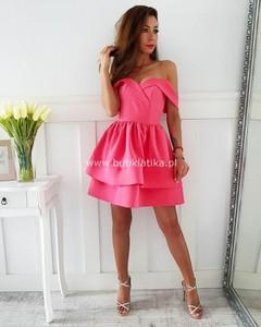 Różowa sukienka butiklatika.pl hiszpanka rozkloszowana mini