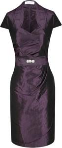 Fioletowa sukienka Fokus midi dopasowana