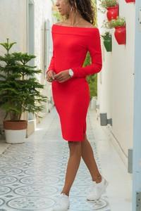 Czerwona sukienka Ivet.pl midi dopasowana hiszpanka