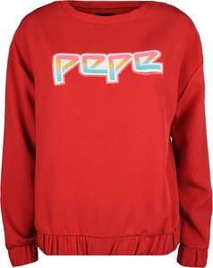 """Czerwona bluza Pepe Jeans Bluza """"lisa"""" w młodzieżowym stylu z tkaniny krótka"""