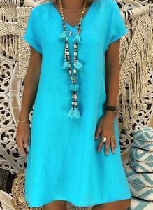Turkusowa sukienka Arilook z dekoltem w kształcie litery v z bawełny w stylu casual