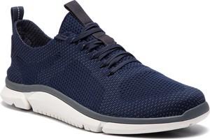 Buty sportowe Clarks sznurowane w sportowym stylu