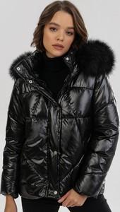 Czarna kurtka born2be w stylu casual krótka