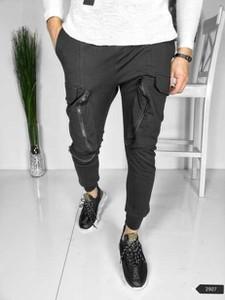 Czarne spodnie Duuf