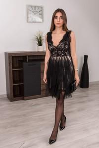 Czarna sukienka Butik Ecru z tiulu