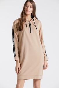 Sukienka Monnari w stylu casual mini prosta