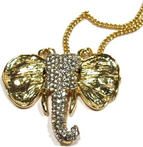 Wisior w kształcie głowy słonia w kolorze złotym zdobiony drobnymi kryształkami marki Dublon