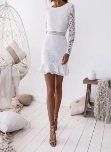 Sukienka Arilook z okrągłym dekoltem w stylu boho