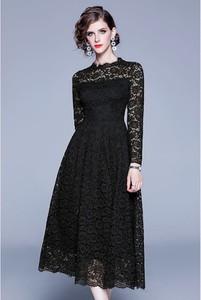 Czarna sukienka Tina rozkloszowana