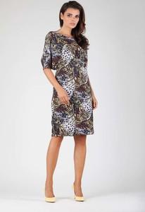 Sukienka Nommo dopasowana w stylu casual midi