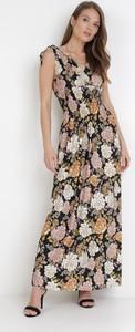 Sukienka born2be w stylu boho bez rękawów z dekoltem w kształcie litery v