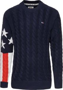 Granatowy sweter Tommy Jeans z nadrukiem