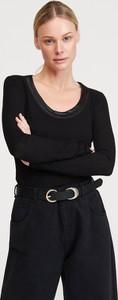 Czarna bluzka Reserved w stylu casual z długim rękawem z okrągłym dekoltem