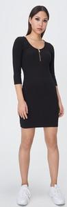 Czarna sukienka Sinsay mini z bawełny