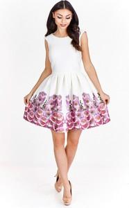 Sukienka Betty M rozkloszowana mini bez rękawów
