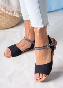 Czarne sandały Casu w stylu casual z klamrami z płaską podeszwą
