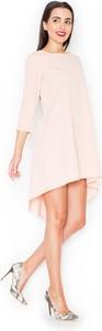 Różowa sukienka Katrus asymetryczna z okrągłym dekoltem midi