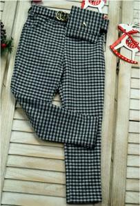 Spodnie dziecięce Petit Boutique - Moda Dziecięca w krateczkę