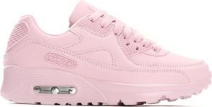 Różowe buty sportowe born2be w sportowym stylu