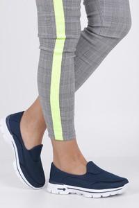 Niebieskie buty sportowe Casu z płaską podeszwą