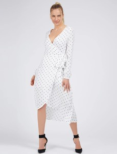 Sukienka Guess w stylu casual z długim rękawem