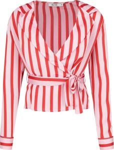 Bluzka NA-KD z długim rękawem w stylu casual