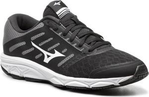 Czarne buty sportowe Mizuno z płaską podeszwą w sportowym stylu
