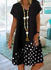 Sukienka Cikelly z dekoltem w kształcie litery v mini z krótkim rękawem